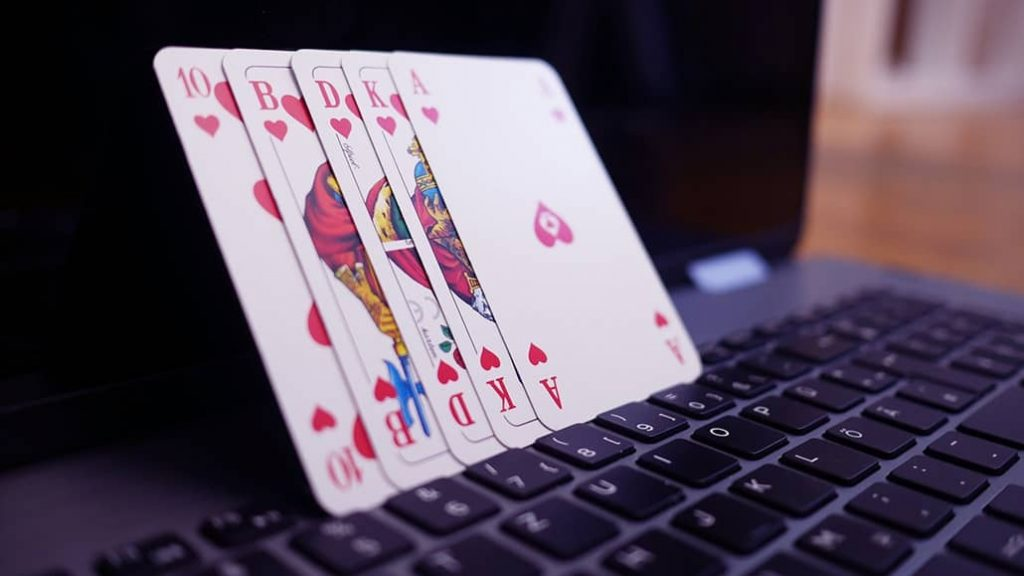 Online Betting Becomes Fun To Play And Makes More Joy